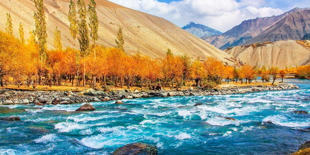 8 Days Naran, Hunza & Swat Valley