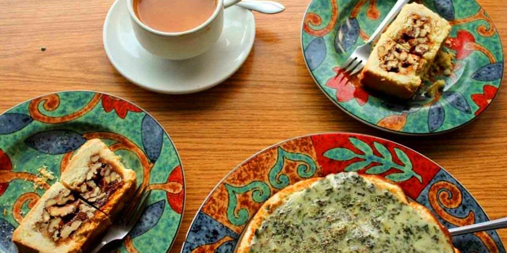 Cafe De Hunza Karimabad Hunza Valley | Click Pakistan - Tourism Services