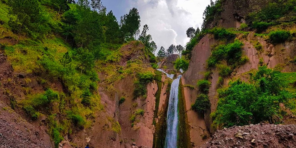 Dhani waterfall - Click Pakistan tourism services