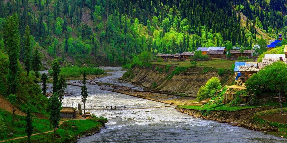 Uthmuqam - Click Pakistan tourism services