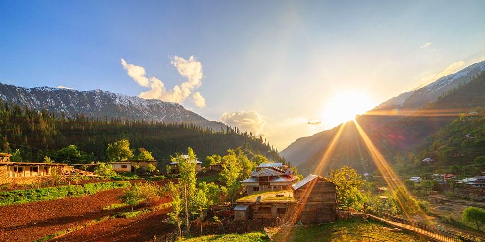 summer in Neelum valley - Click Pakistan tourism services